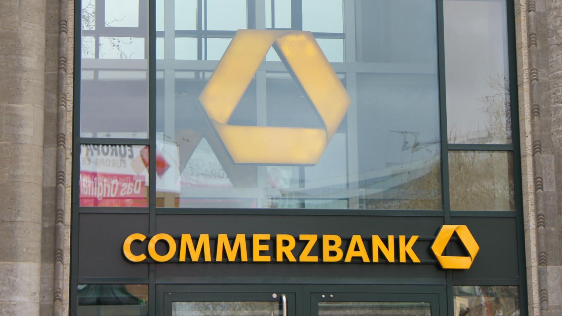 Commerzbank Aktıe